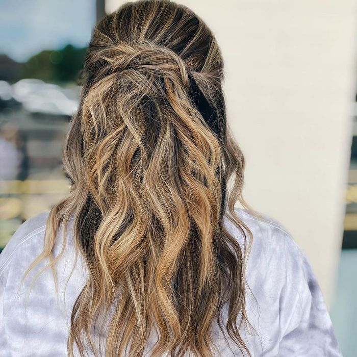 Easy Half-Up Style